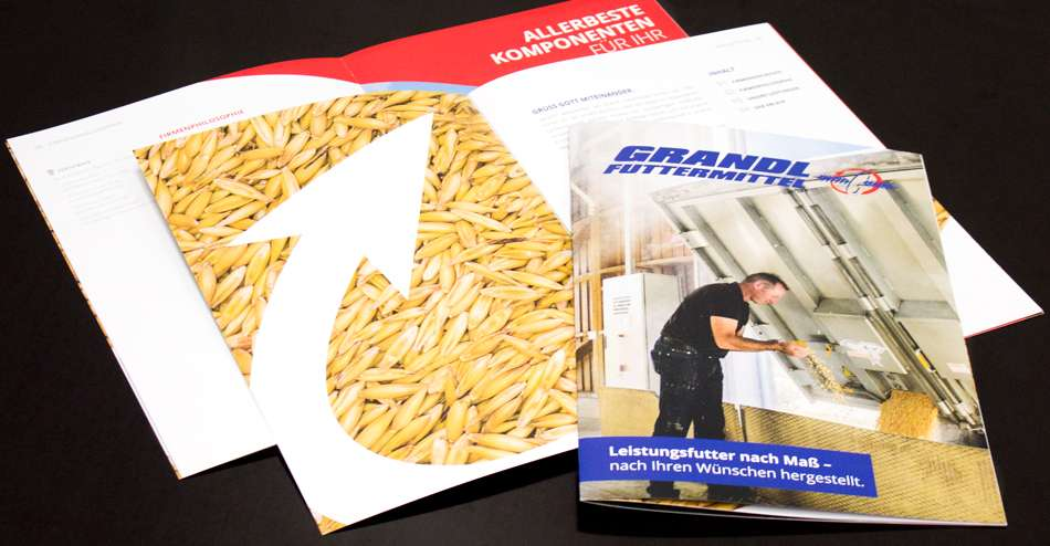Eine neue Broschüre für Grandl Futtermittel