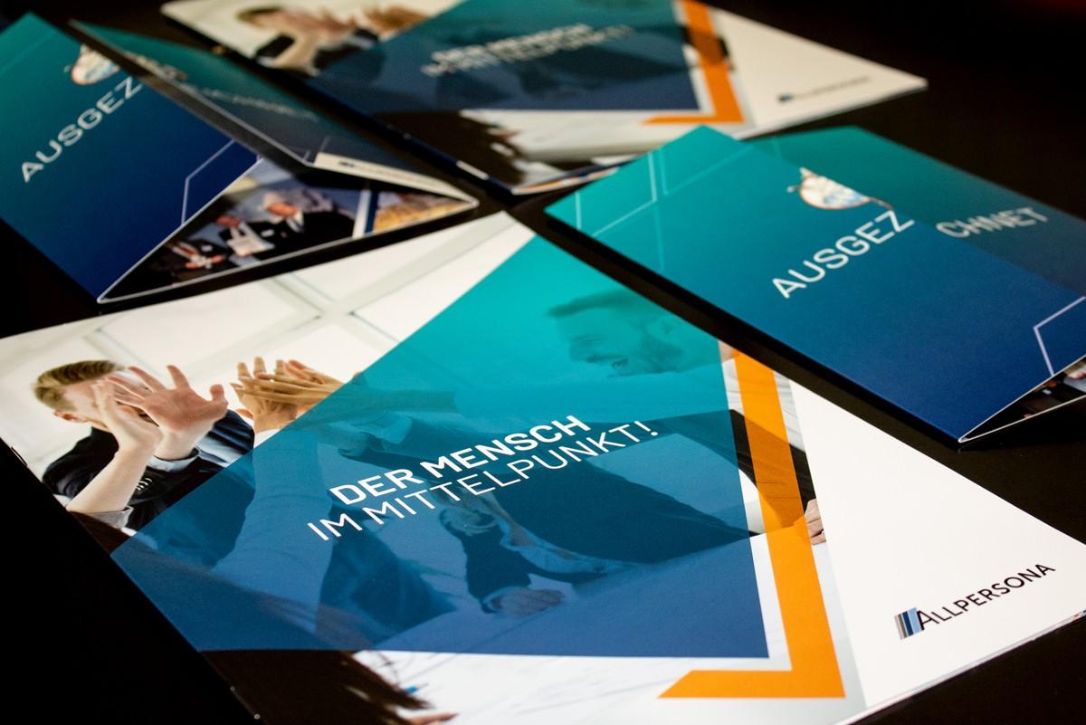 Flyer und Broschüren für die ALLPERSONA GmbH