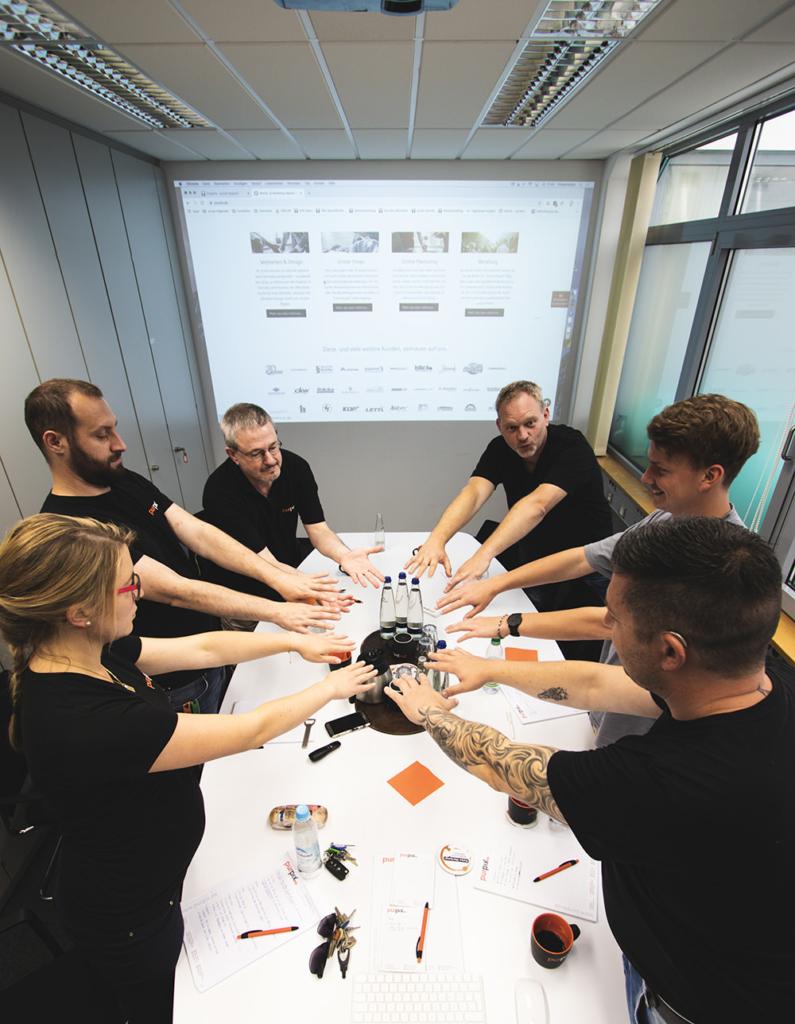 purpix Team beim Meeting