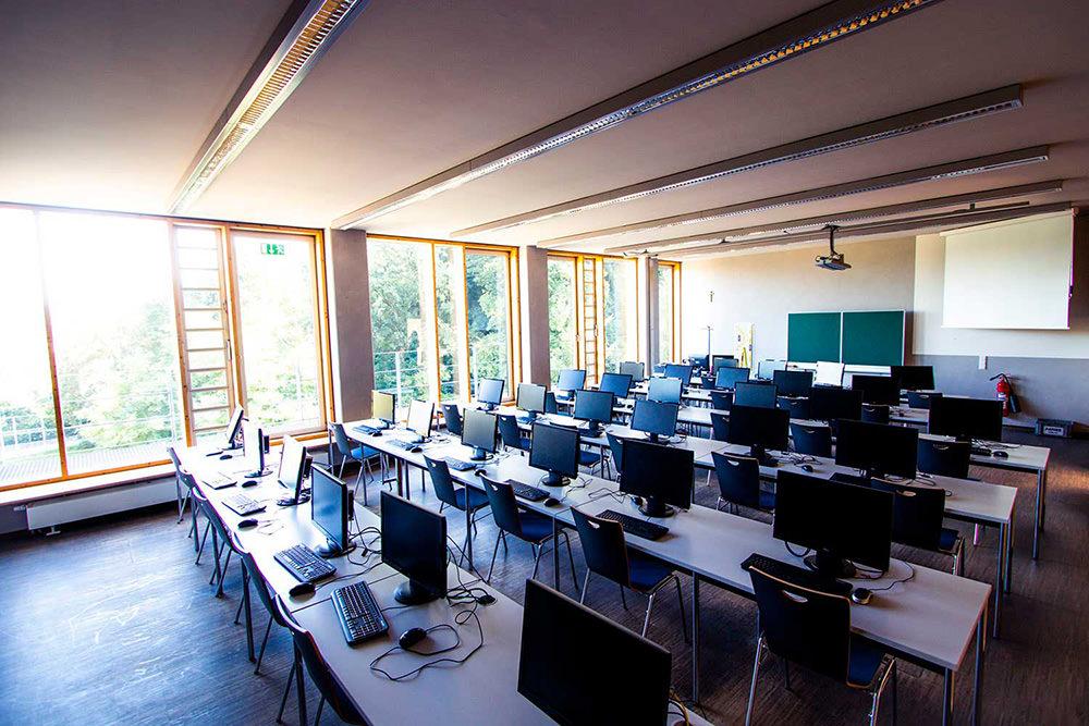 Luitpold Gymnasium Wasserburg - Computerraum